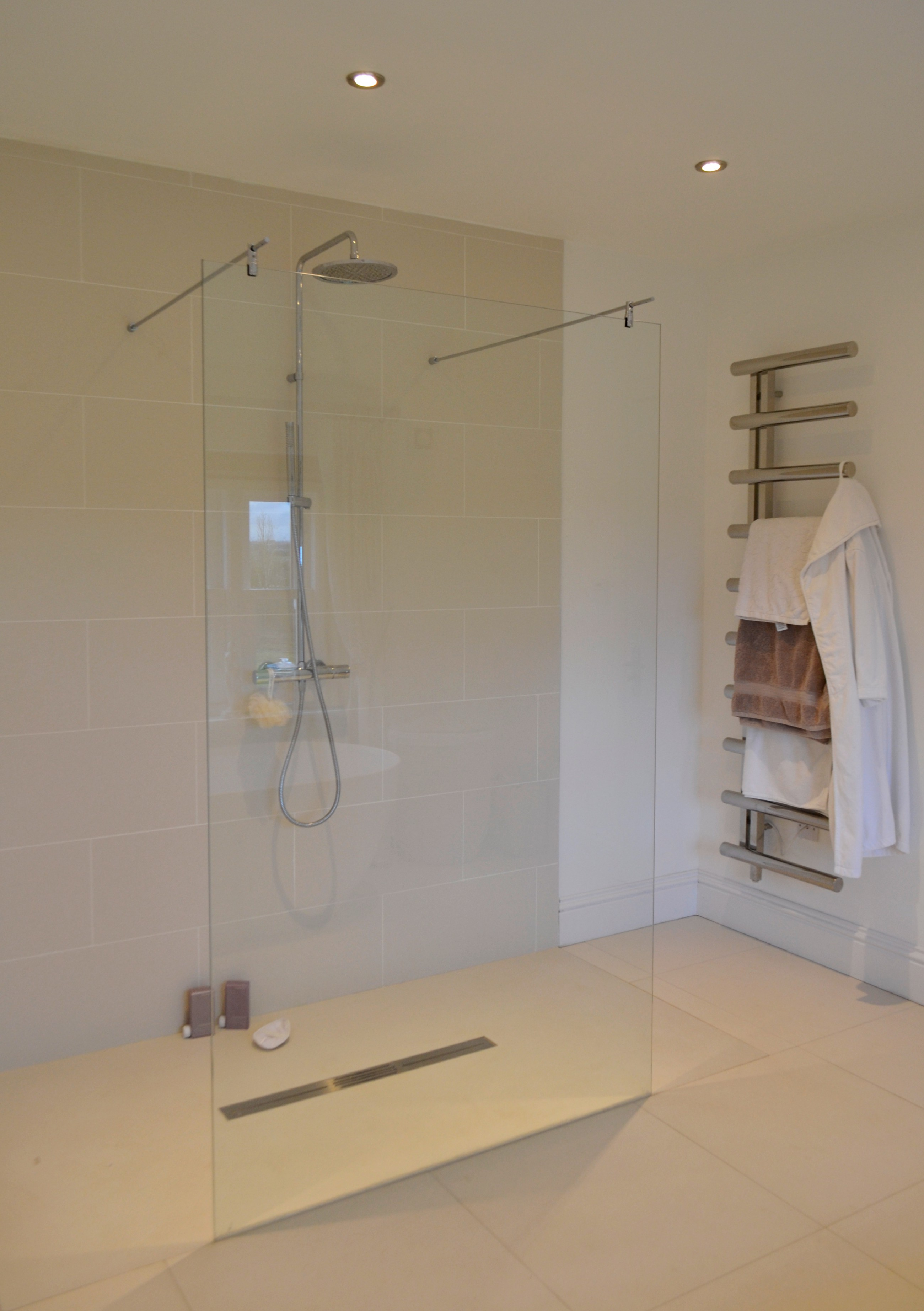 Five Bathrooms And A Cloakroom In Clifford Chambers New Build Kitchen Tile And Bathroom Gallery